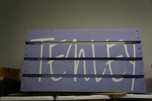 So Pretty in Paint: Personalized Toy Box